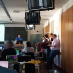 Blick in den Seminarraum während der Finalrunde des OSM-Quiz