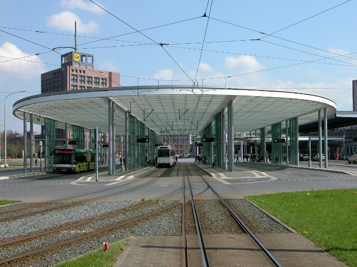 Ist deine Buslinie schon eingetragen? [1] (Bild CC-BY-SA 3.0 Brunswyk/Wikimedia Commons)