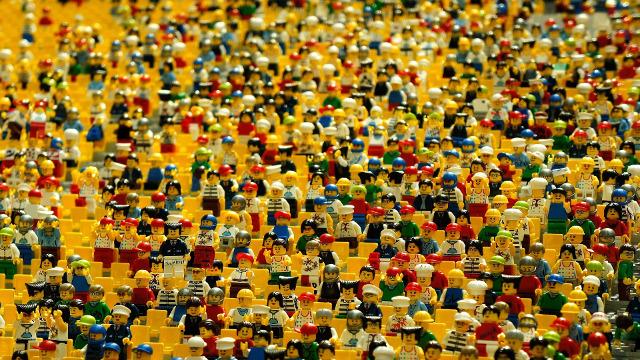 Lego-Männchen im Amphitheater